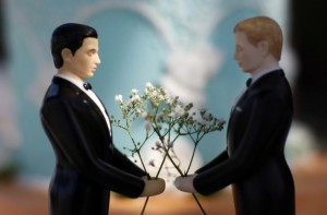 gaymarriage-caketopper_original_3